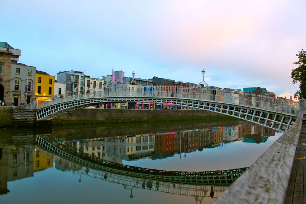 261 - Ha' Penny Bridge, Dublin