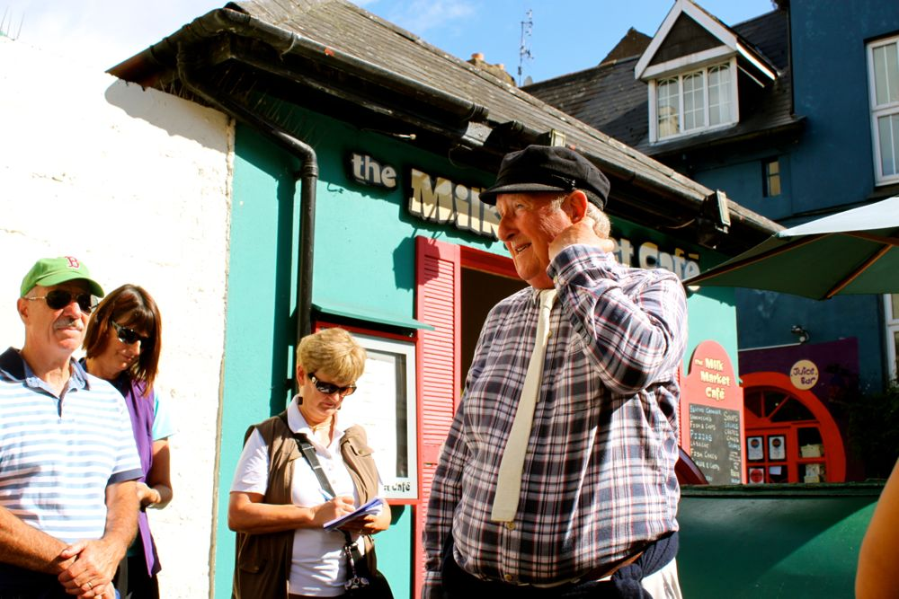 489 - Walking tour, Kinsale