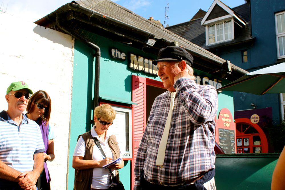 489 - Walking tour, Kinsale