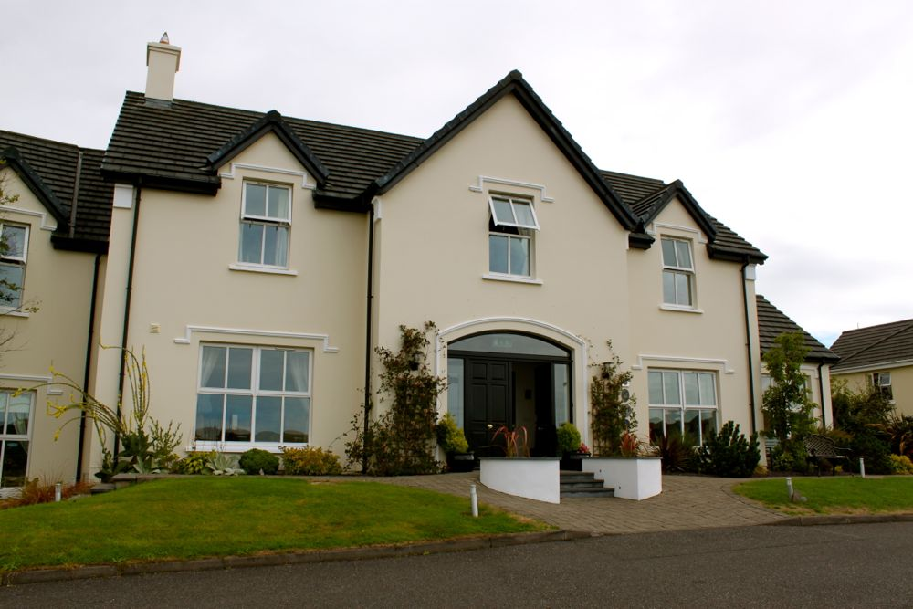 815 -Castlewood House, Dingle