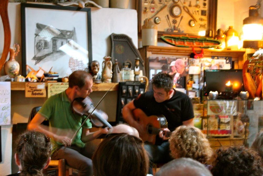 863 -Concert at Dingle Music Shop, Dingle