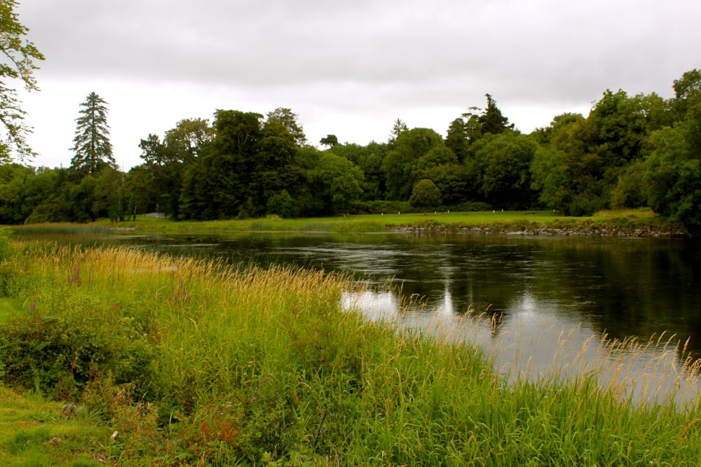 1070 - Walk from Ashford Castle to Cong