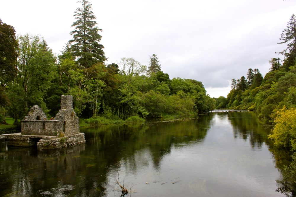 1078 - Walk from Ashford Castle to Con