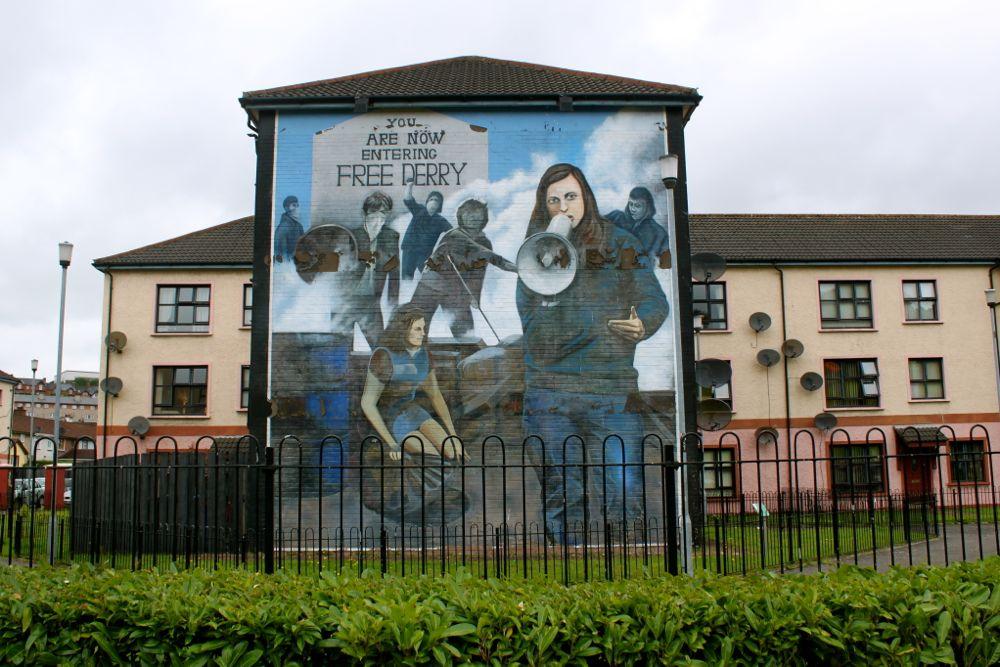 1158 -Murals, Derry