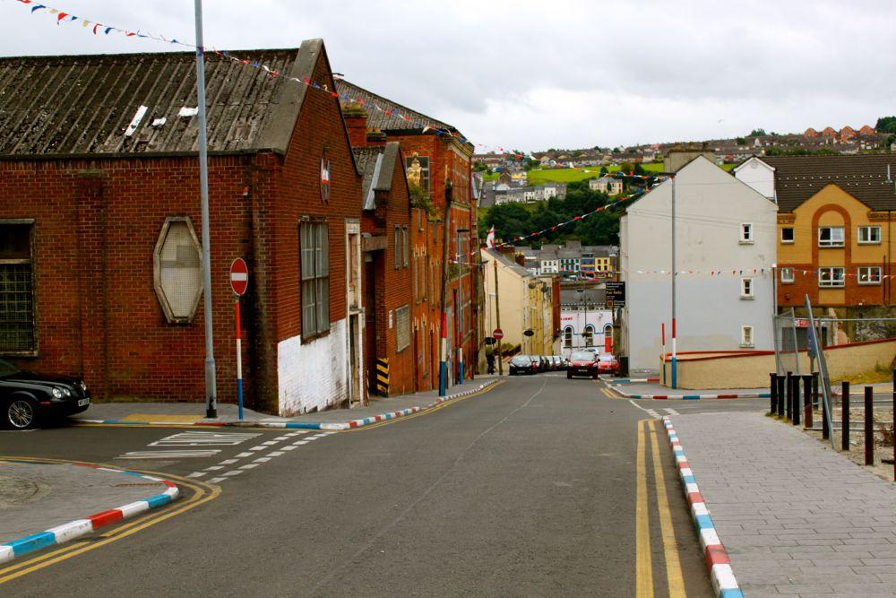 1166 -Walking tour, Derry