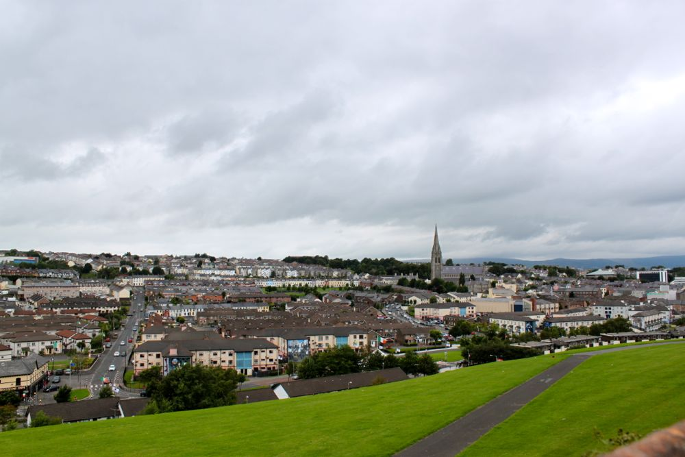 1172 -Walking tour, Derry