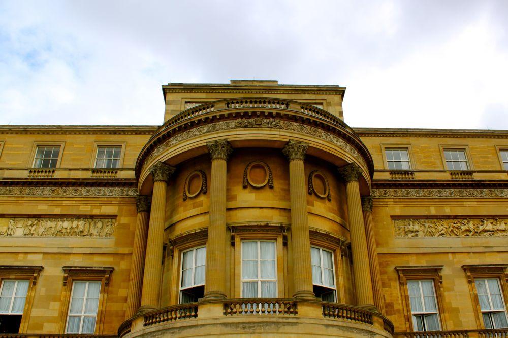 1434 -Buckinham Palace, London