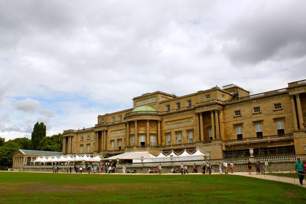 1435 -Buckinham Palace, London