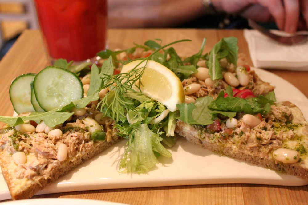 1467 -Lunch at Le Pain Quotidien, London