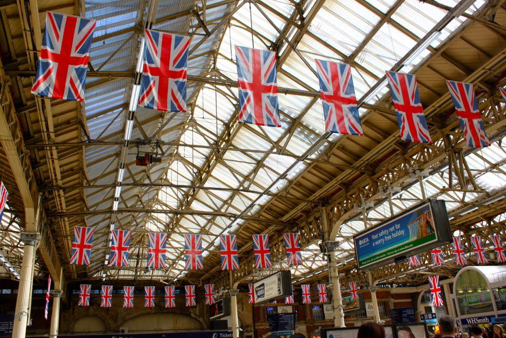 1622 - Victoria Station, London