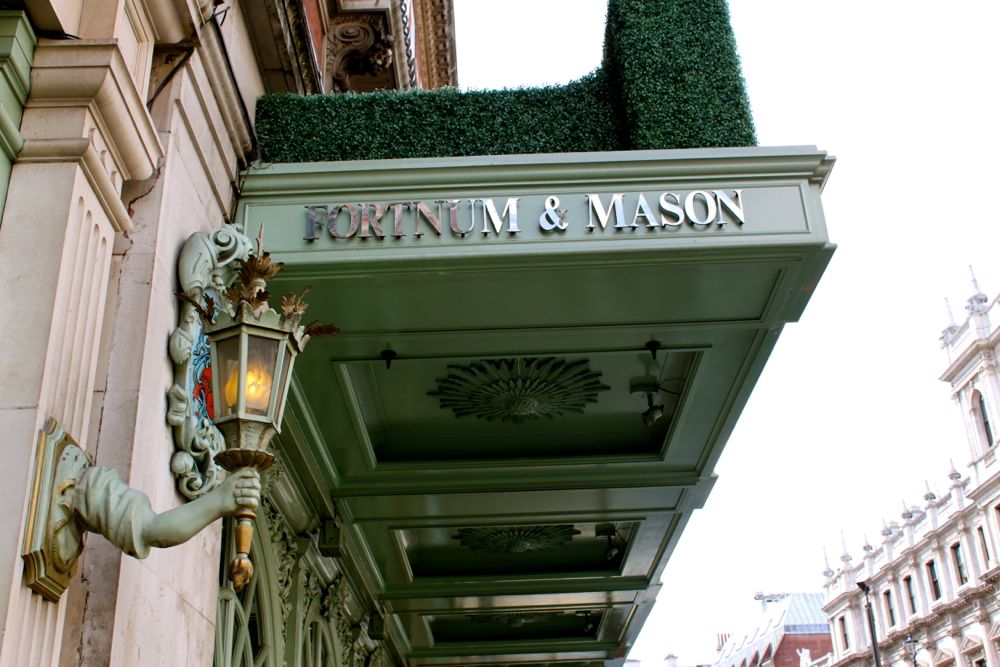 1697 - Fortnum & Mason, London