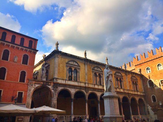 Piazza dei Signori3