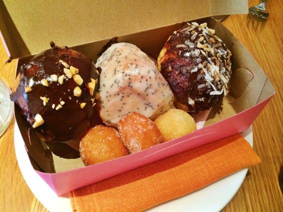 Narcissa Donut Box