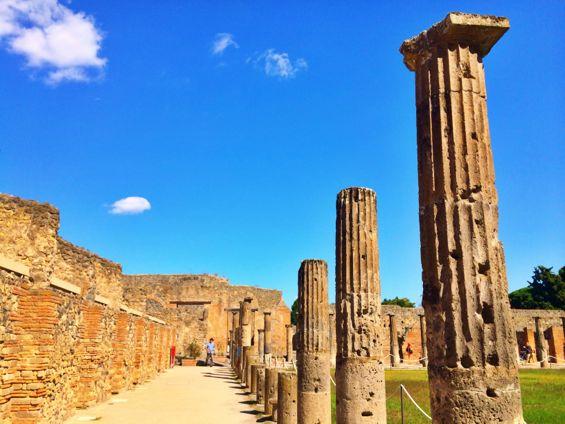 Pompeii23