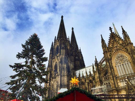 Cologne Cathedral Christmas Market4