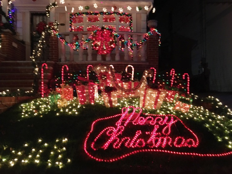 dyker-heights-christmas-lights1