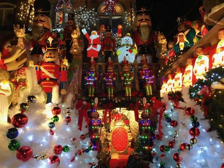 dyker-heights-christmas-lights6